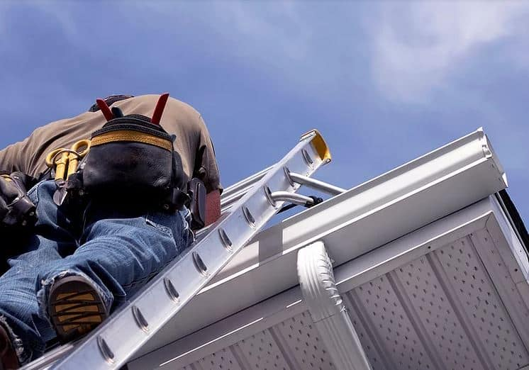 Ladder cleaning